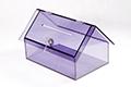 Plexisklová kasička ve tvaru domku, průhledná