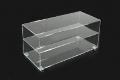 Víceúčelový stolek z plexiskla s vestavěnou vnitřní poličkou