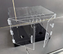 Plexisklová vitrína pro mobilní telefony a tablety